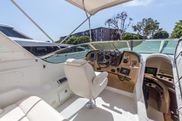 2003 Carver 570 Voyager Pilothouse Photo 32 of 40