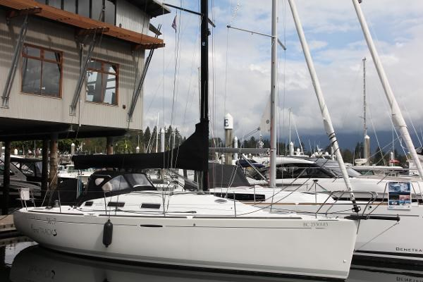 2008 Beneteau First 36.7 Photo 4 of 55