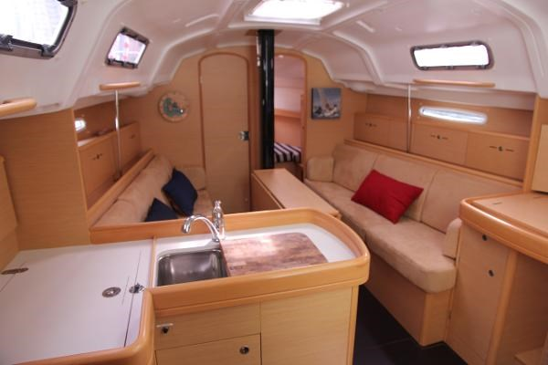 2008 Beneteau First 36.7 Photo 41 of 55