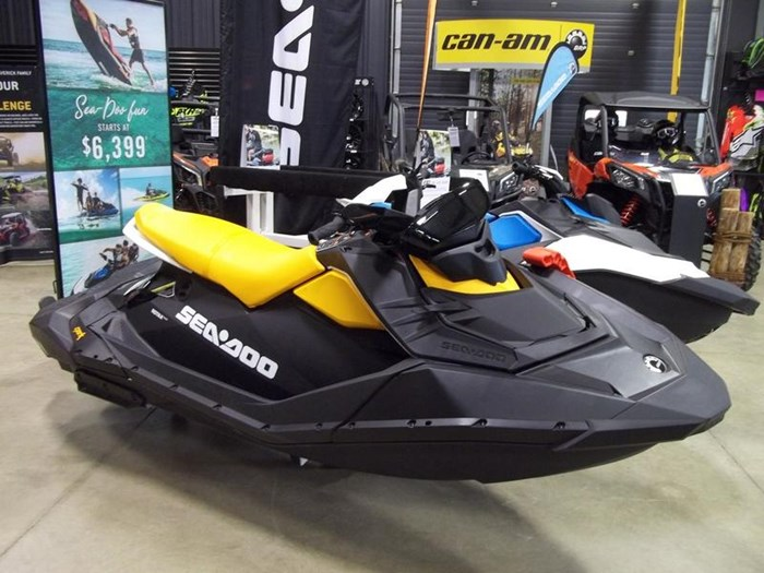 2019 Sea-Doo Spark® 3-up Rotax® 900 HO ACE™ IBR, CONV Photo 1 of 2