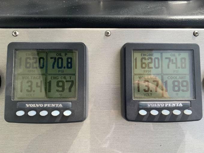 2007 CRUISERS YACHTS 455 MOTOR YACHT Photo 6 sur 100