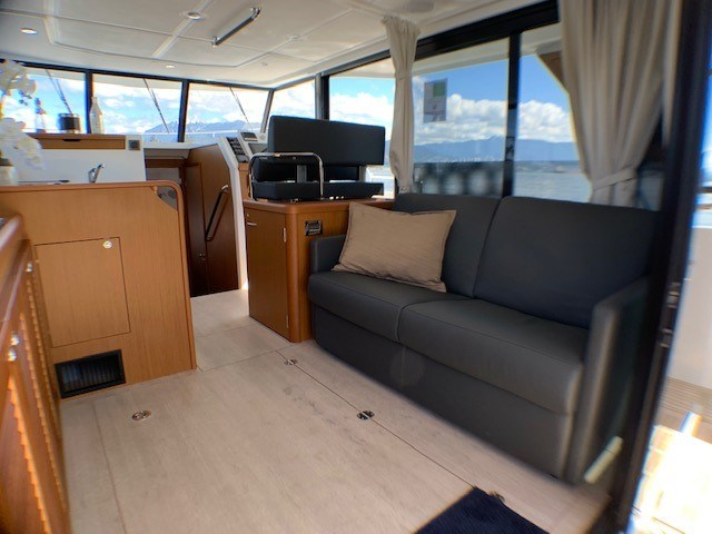 2020 Beneteau Swift Trawler 35 Photo 20 of 27