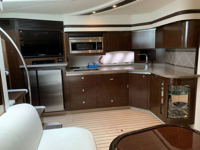 2012 CRUISERS YACHTS 540 SPORT COUPE Photo 54 sur 110