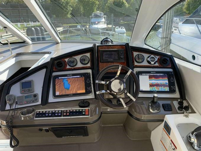 2012 CRUISERS YACHTS 540 SPORT COUPE Photo 64 sur 110