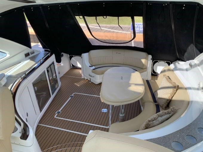 2012 CRUISERS YACHTS 540 SPORT COUPE Photo 66 sur 110