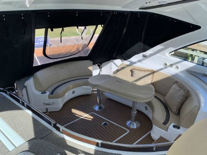 2012 CRUISERS YACHTS 540 SPORT COUPE Photo 67 sur 110