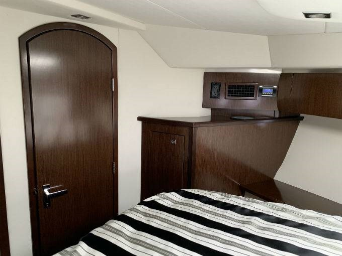 2012 CRUISERS YACHTS 540 SPORT COUPE Photo 80 sur 110