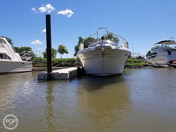 1997 Sea Ray 330 Sundancer Photo 4 sur 20