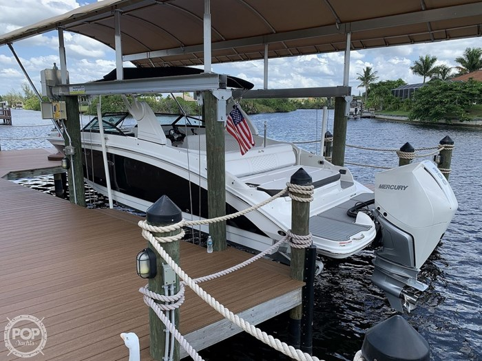 2019 Sea Ray SDX 270 SD OB Photo 12 of 20