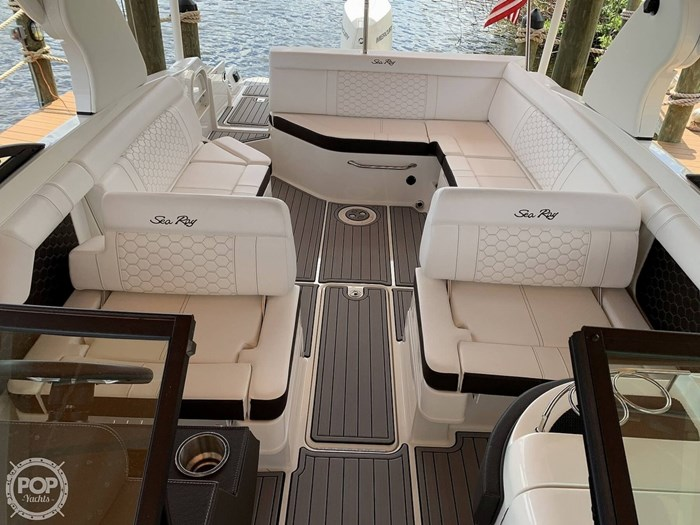 2019 Sea Ray SDX 270 SD OB Photo 16 of 20