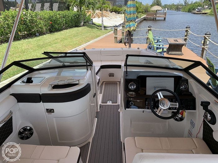2019 Sea Ray SDX 270 SD OB Photo 19 of 20
