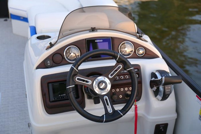 2019 SOUTH BAY PONTOONS 525RS 3.0+ Photo 8 of 13
