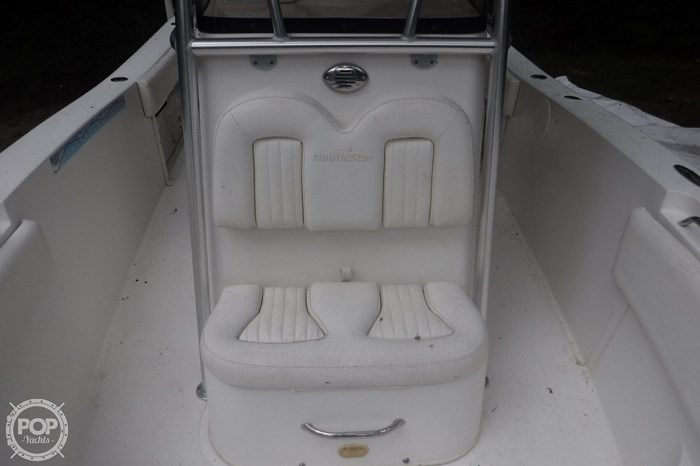 2011 NauticStar 2500 XS Offshore Photo 17 sur 20