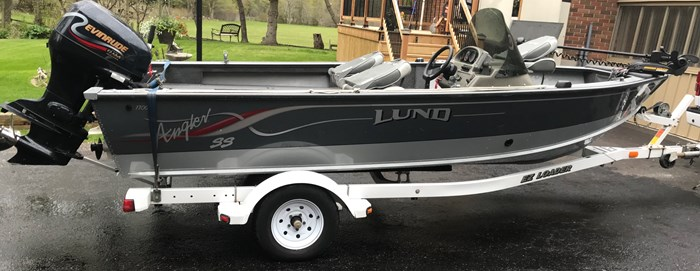 2001 Lund Angler 1700SS, Ready for Fall Fishing! A1 shape Photo 2 of 28