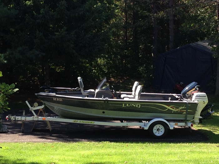 2001 Lund Angler 1700SS, Ready for Fall Fishing! A1 shape Photo 3 of 28