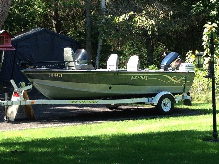 2001 Lund Angler 1700SS, Ready for Fall Fishing! A1 shape Photo 1 of 28