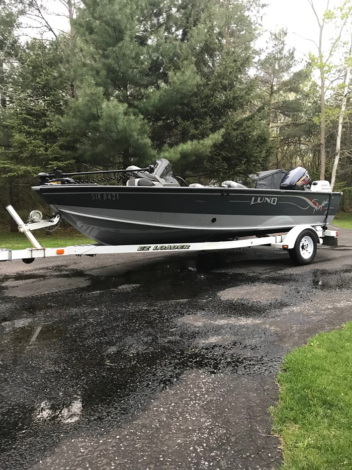 2001 Lund Angler 1700SS, Ready for Fall Fishing! A1 shape Photo 9 of 28
