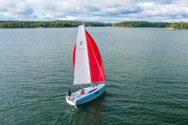 2020 Beneteau Oceanis 30.1 Photo 5 sur 50