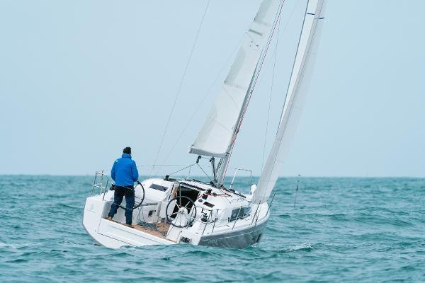 2020 Beneteau Oceanis 30.1 Photo 11 sur 50