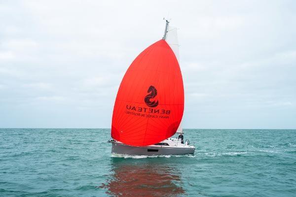 2020 Beneteau Oceanis 30.1 Photo 22 sur 50