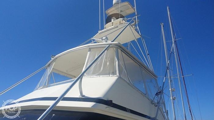 1990 Viking Yachts 53 Convertible Sport Fisherman Photo 11 sur 20