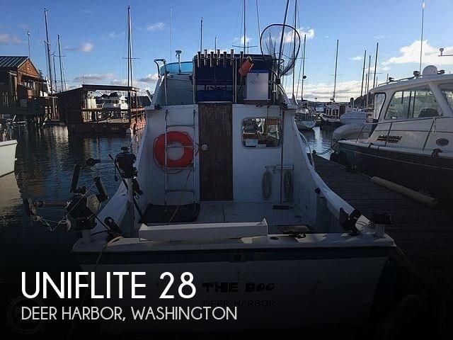 1972 Uniflite 28 Sportfish Convertible Photo 1 of 21