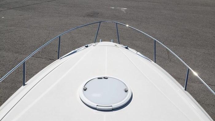 2009 Monterey 278SC Cuddy Photo 14 of 18