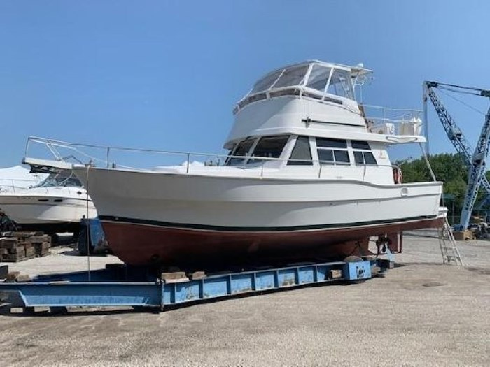 2000 Mainship 390 Trawler Photo 56 of 63
