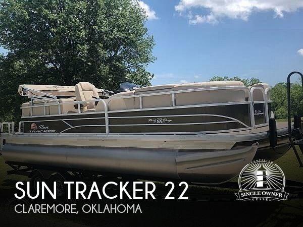 2019 Sun Tracker Party Barge 22 DLX Photo 1 sur 12