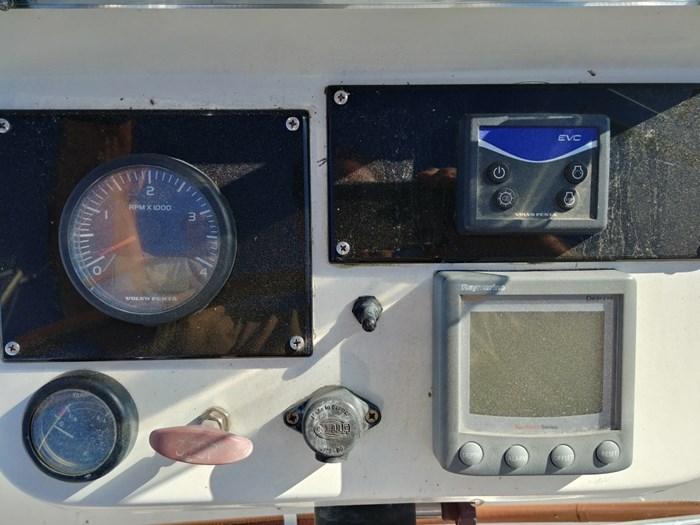 2000 Beneteau Oceanis Clipper 361 Photo 10 of 43