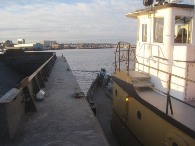1954 Ex US Army Harbor Tug - NEW PRICE! Photo 7 sur 19