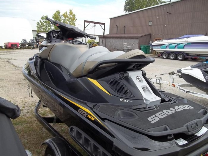 2017 Sea-Doo GTX S™ 155 Photo 4 of 4