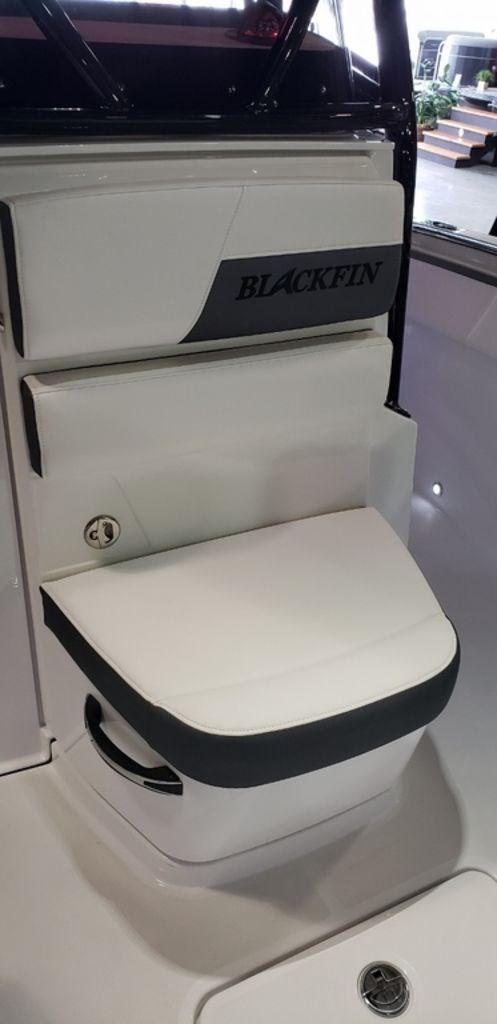 2020 Blackfin 212CC Center Console Photo 25 sur 27