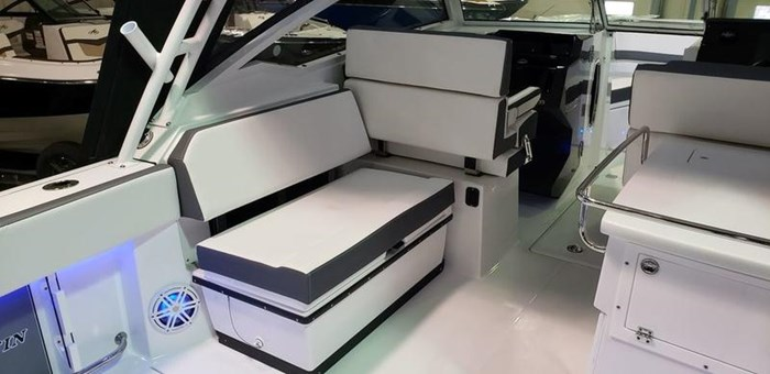 2020 Blackfin 272DC Dual Console Photo 8 of 26