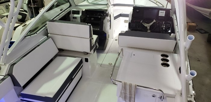 2020 Blackfin 272DC Dual Console Photo 4 sur 38