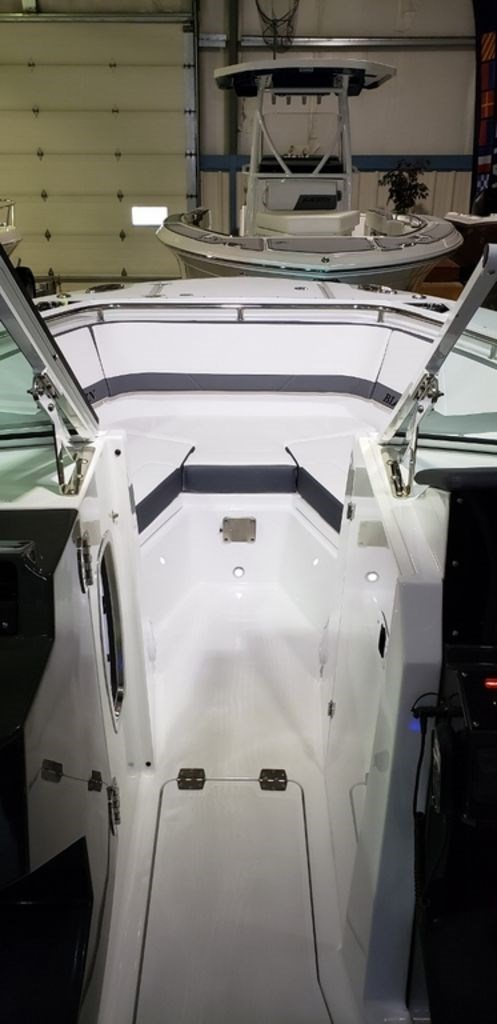 2020 Blackfin 272DC Dual Console Photo 32 sur 38