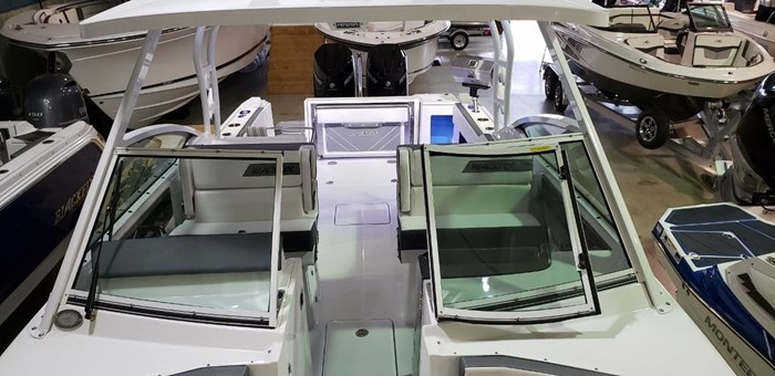 2020 Blackfin 272DC Dual Console Photo 38 sur 38