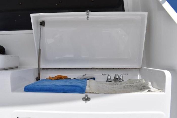 2005 Ricker Custom Sportfish Photo 46 sur 73