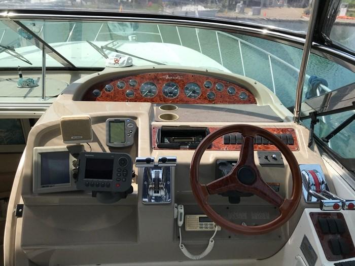 1997 Bayliner Avanti 4085 Photo 8 sur 43