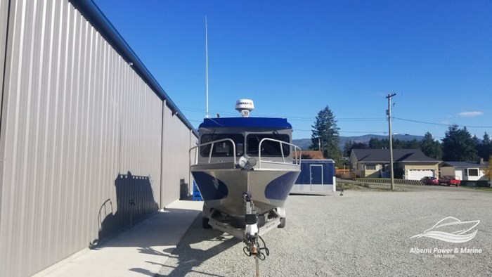 2017 RH Boats 26 Pro Cuddy SeaHawk Series Photo 4 of 43