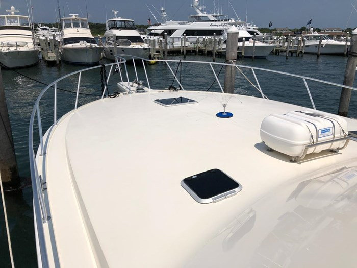 1991 Viking Yachts 50 Convertible Photo 8 of 38