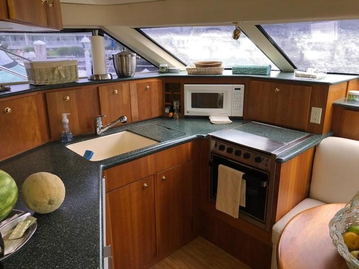 1999 Silverton 453 Motor Yacht Photo 16 sur 28
