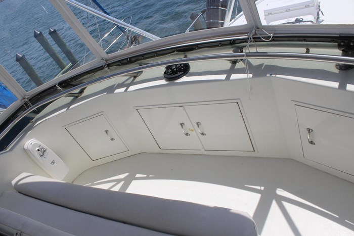 1996 Hatteras 39 Convertible Photo 32 of 37