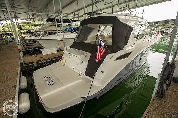 2017 Sea Ray 350 Sundancer Coupe Photo 20 of 21