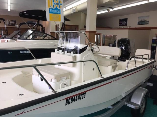 2019 Boston Whaler 170 Montauk Photo 2 of 16