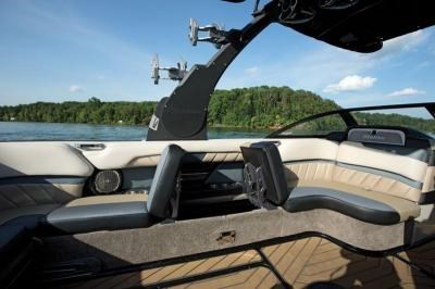 2016 Malibu Wakesetter 25LSV Photo 9 of 13