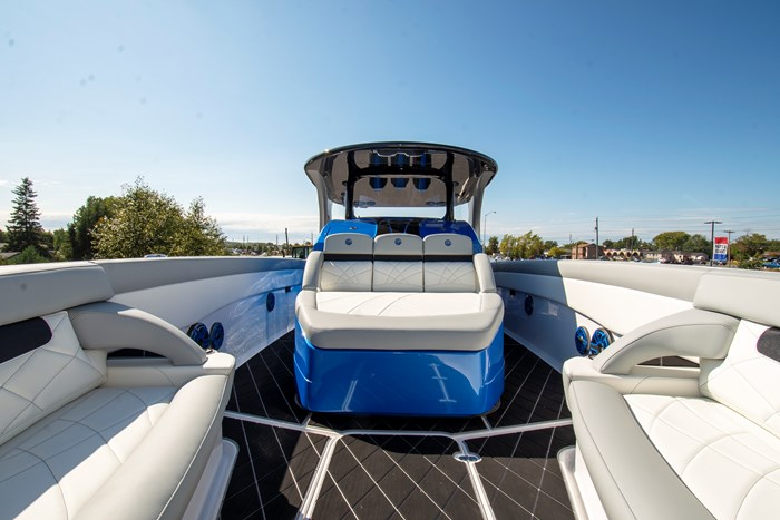 2020 Mystic Powerboats M3800 Photo 16 of 20