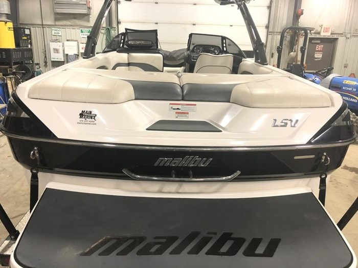 2011 Malibu Wakesetter 23 LSV Photo 7 of 19