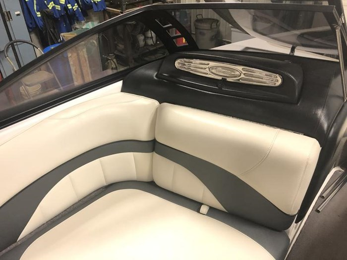 2011 Malibu Wakesetter 23 LSV Photo 12 of 19