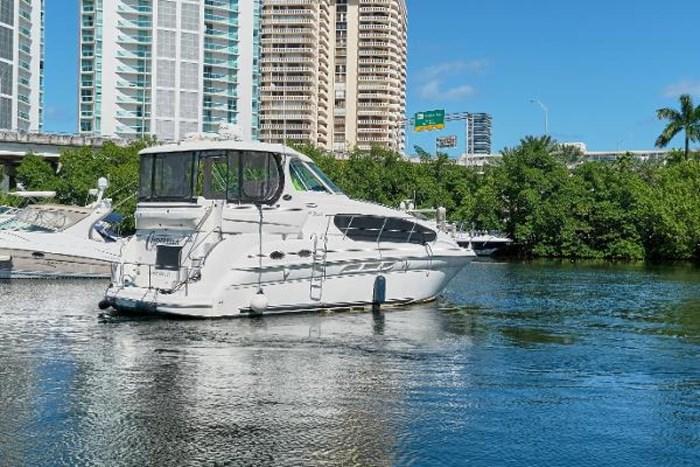 2006 Sea Ray 40 Motor Yacht Photo 5 of 43